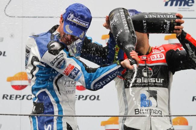 Team Stratos y Ramos estrenan temporada de Moto2 en el CEV desde el podio