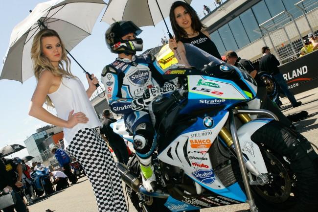 Héctor Faubel da un paso adelante con su BMW y mejora sus tiempos en MotorLand
