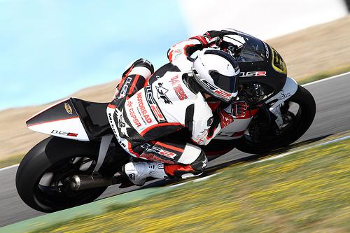 Nikki Coates regresa a Moto2 con el Team Stratos y Ariane