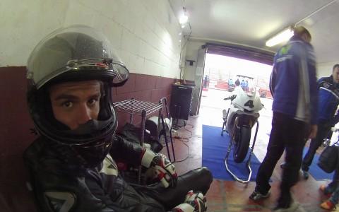 Robertino Pietri con la Yamaha R1M en Albacete Test Pretemporada Stratos