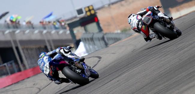Gran remontada de Pietri con la Yamaha de Stratos en MotorLand