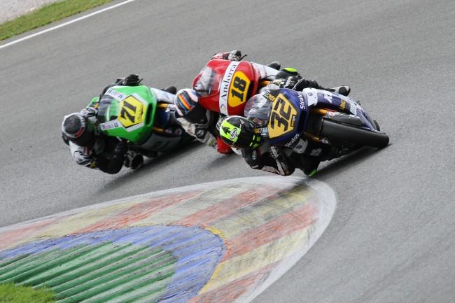 Buenas sensaciones en el debut de Michael Aquino en Moto2 con Max Enderlein en el top10