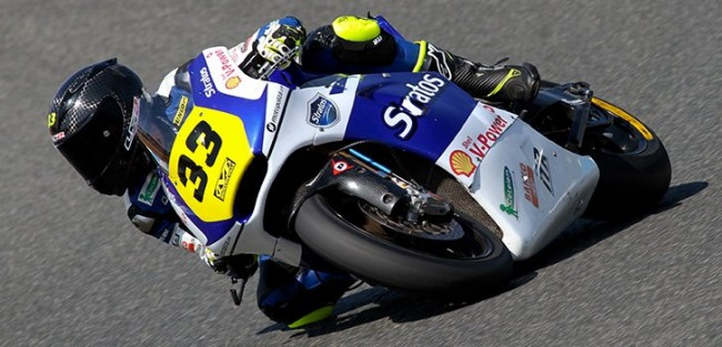 Bernet remonta en su primera carrera de Moto2