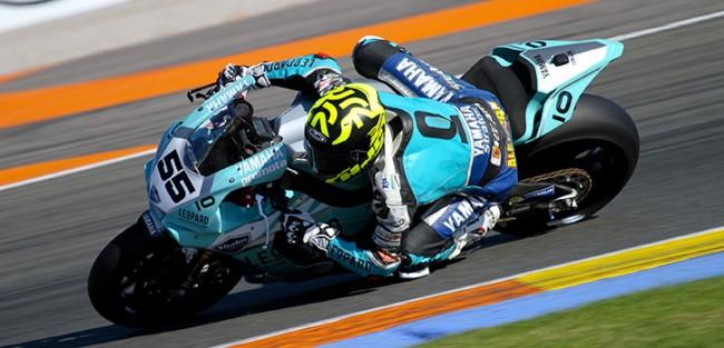 Medina, Mäkinen y el Leopard Yamaha Stratos aspiran al podio en la última carrera del Superbike