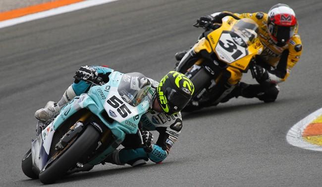 Medina acaba la temporada tercero en el FIM CEV Superbike y Mäkinen Campeón de Privados junto al Leopard Yamaha Stratos