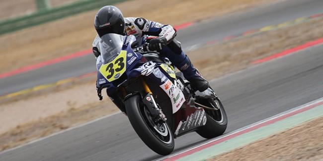 Niko Mäkinen y Yamaha Stratos alcanzan el liderato de Open1000
