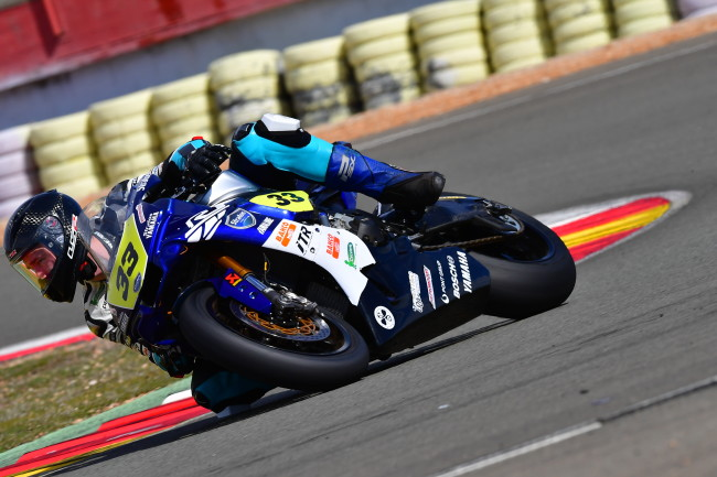 Niko Mäkinen, Open1000 RFMECEV Champion, renews with Yamaha Stratos