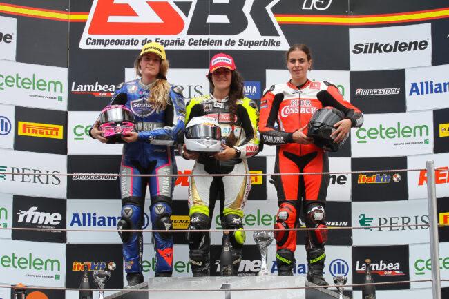 El Yamaha Stratos y Rebecca Bianchi suben al podio del Circuit de Barcelona-Catalunya