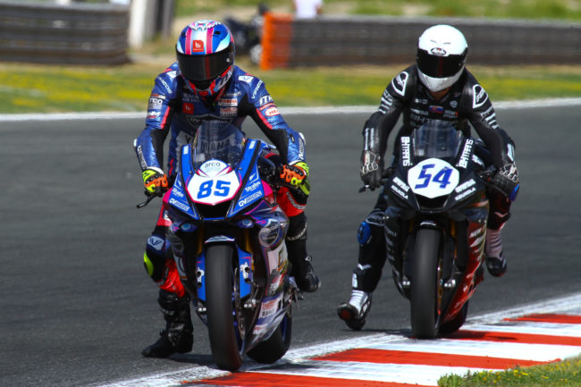 Espectacular remontada de Pedro Nuno y el Yamaha GV Stratos Navarra